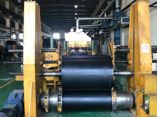 钢丝绳输送带厂家